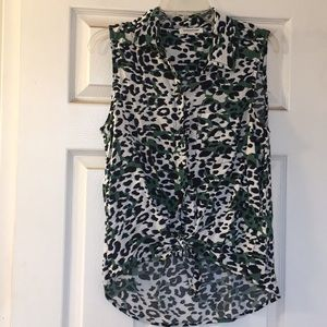 Leopard print sleeveless